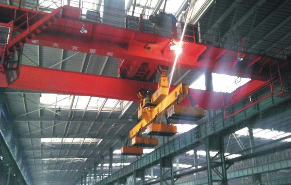 河南矿山起重机生产厂区