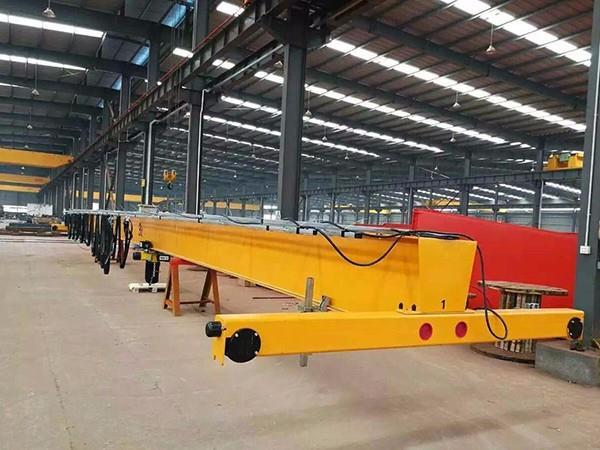芜湖YZS型200吨四梁铸造桥式起重机